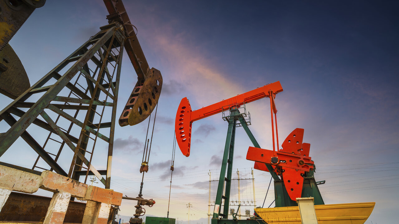 Oil 2019 forecast: Dwindling demand and substantial supply likely to