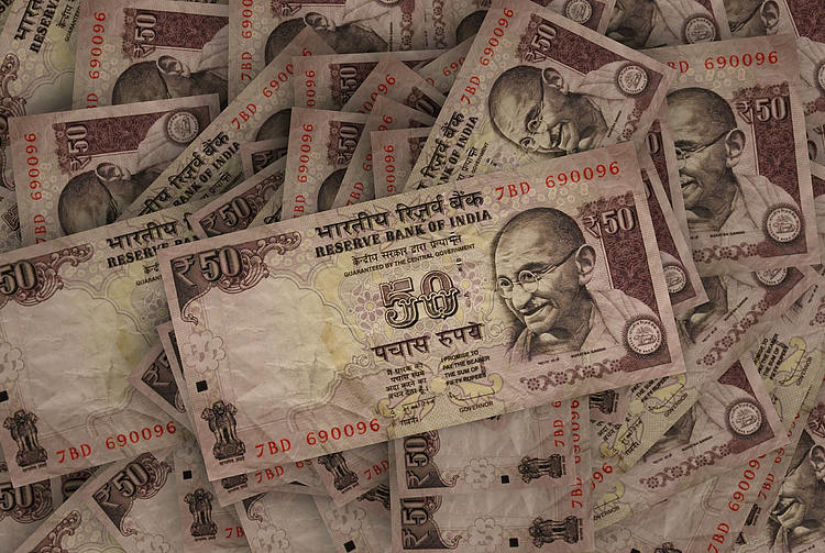 Indian Rupee becomes Asia's worst performer as carry trades