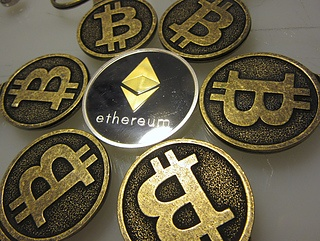 Ethereum (ETH) slides back in the range after a short-lived move to  $175.50
