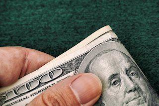 Dollarindex steigt vor US Daten auf 91,20