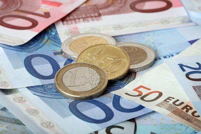 EUR/USD, aşağı yönlü USD üzerine 1.1250 yakınlarında zirvelerini test ediyor