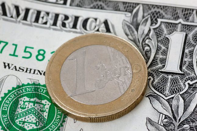 EUR/USD: Euro falls to new 7-week low as US yields resume rises
