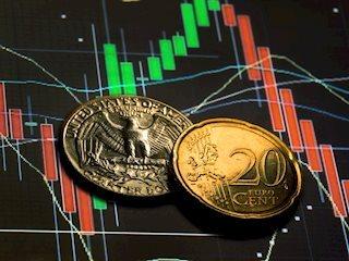 توقعات EUR / USD: لا تزال الاضطرابات السياسية تضر باليورو