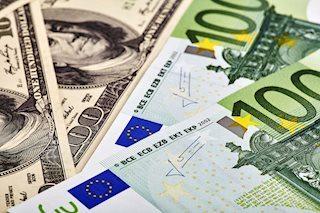 EUR/USD: Трамп обвалил доллар США