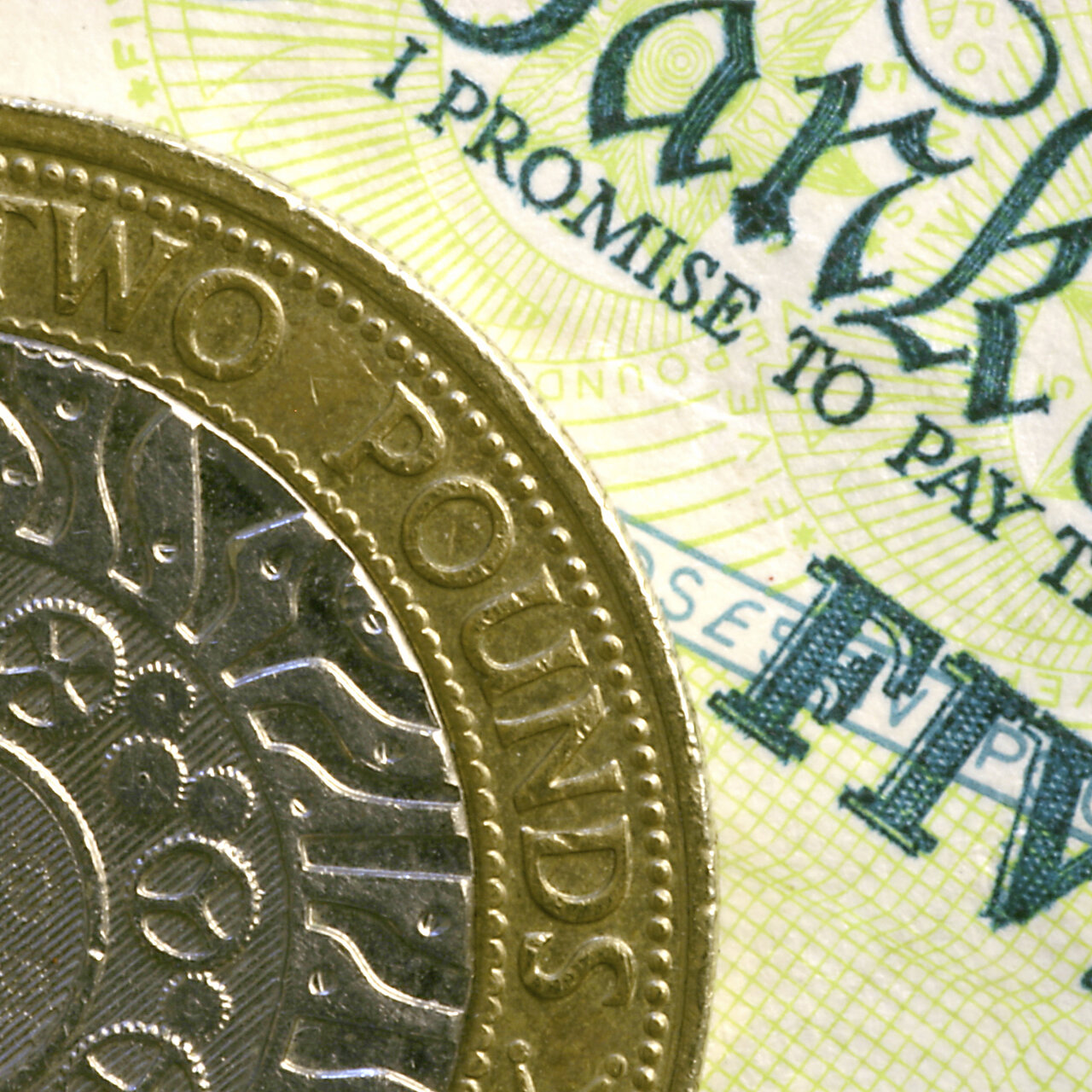 GBP/USD Outlook: Cable bounces from dangerous zone, but bears remain