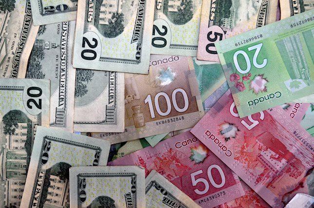 USD/CAD, 1.3230 yakınlarındaki 2-günlük dip seviyelerine geriledi